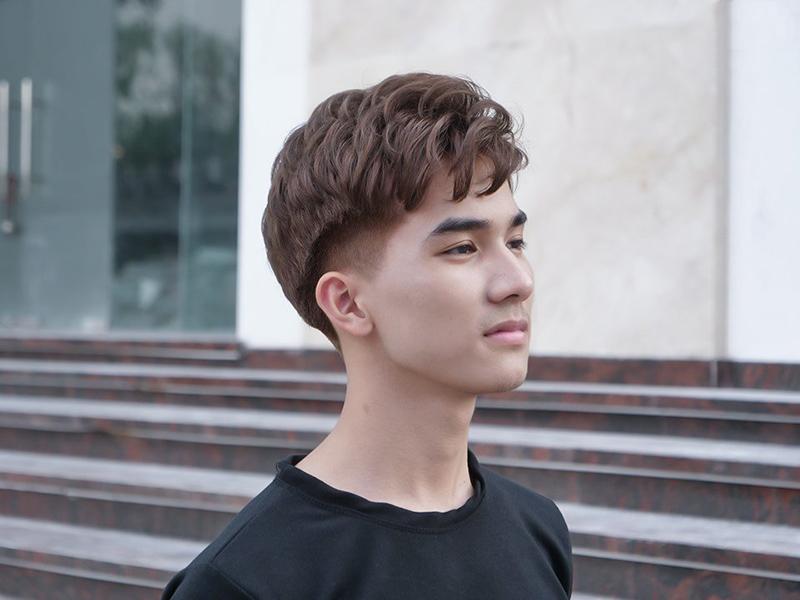 Kiểu tóc uốn nam
